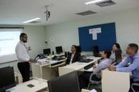 Câmara de Candeias do Jamari recebe orientações do TCE visando instalação de ouvidoria